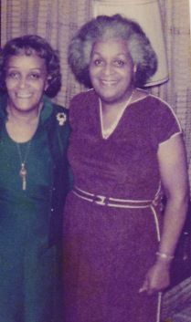 Sharon Washington's mother on the left in green, and her Aunt Millie on the right in red.