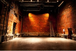 Is a small and intimate indoor theatre Has 179 seats.